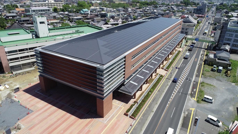 太陽光パネル 深谷市役所新庁舎