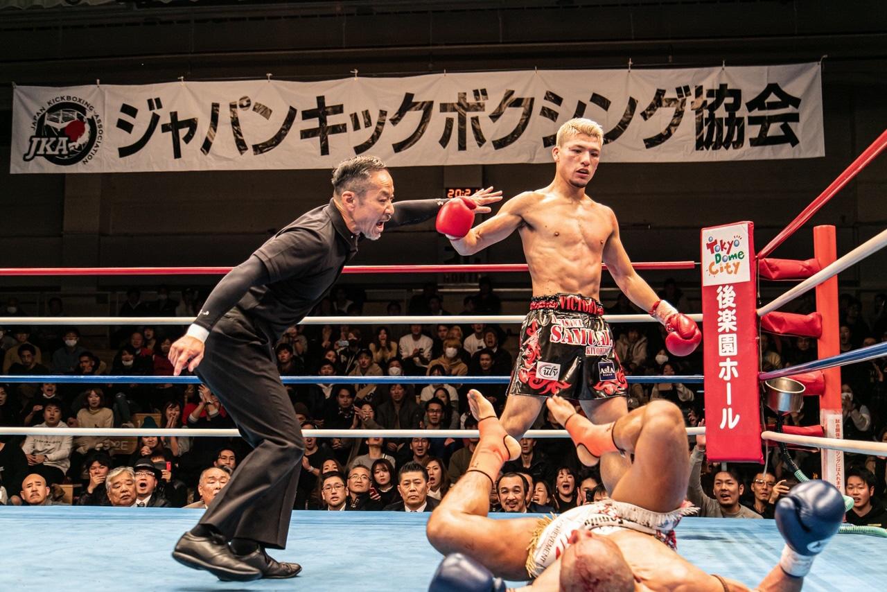 ジャパンキックボクシング協会ライト級チャンピオン 永澤サムエル聖光さん(深谷市在住)10